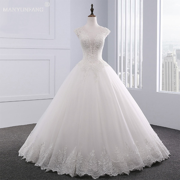 Discount 2020 Luxury Wedding Dresses Bling Lace Floor Long Crystal Diamond Wedding Gowns Lace Up Custom Made Line Lace Halter Wedding Dress Strapless