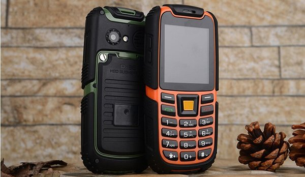 Free shipping 2014 IP68 real waterproof phone S6 Dual SIM Cards 3MP Single Core 2.8 inch 2400mah Dustproof GPRS