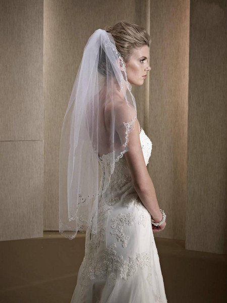 2019 Abiti da sposa Avorio One-Layer Fingertip Veli da sposa da sposa perline economici Hem Veli da sposa Nuovo stile di alta qualità all'ingrosso