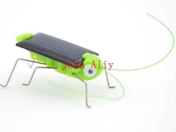 Livraison gratuite HOT mignon mini énergie solaire énergie Crazy Grasshopper Cricket enfants drôle jouets Jouets pour enfants enfants