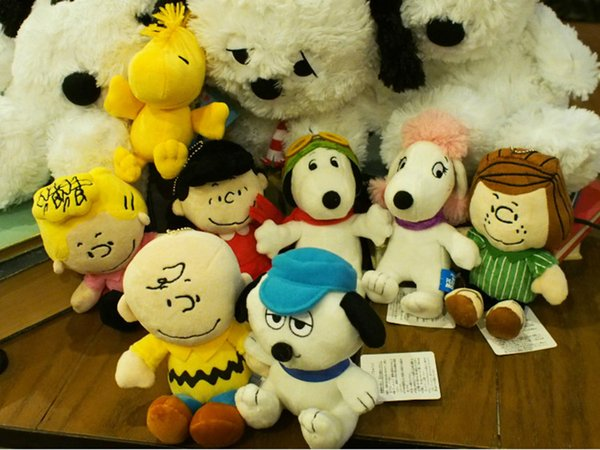 best selling Popular Peanuts Comics Plush Toys 20cm Snoopy Charlie Brown Figures Doll 8 Styles Stuffed Animals Dolls For Kids Gifts Free Shipping