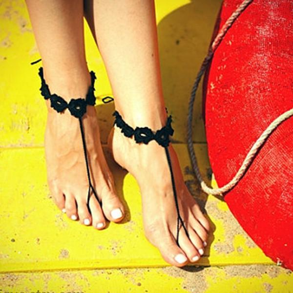 White crochet flower barefoot sandal barefoot,Crochet Anklets,Crochet shoes sandal,Wedding barefoot sandal,Beach bride shoes 012