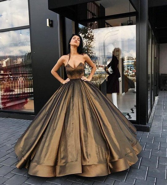 Sweetheart Ball Gown Satin Long Evening Dresses 2020 Brown Zipper Back Floor Length Prom Gowns With Beaded Special Occasion Wear