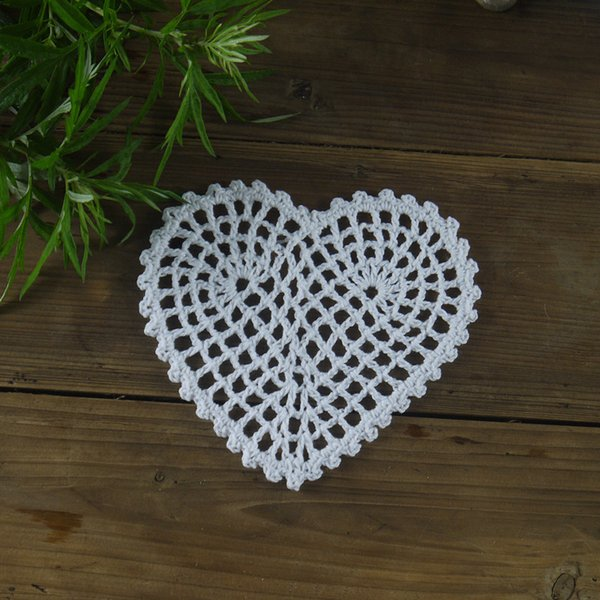 """Handmade Crocheted Doilies Mat pad Round Vintage Heart-shaped wedding home decoration 20PC Coasters 10cm/4"""" Physical picture 100%"""