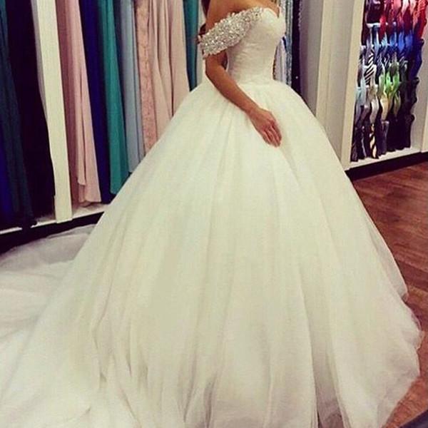 top popular Vestido De Noiva Ball Gowns Ivory Tulle Sweetheart Long Bridal Gowns Garden Beaded Boda Cheap Wedding Dresses 2021