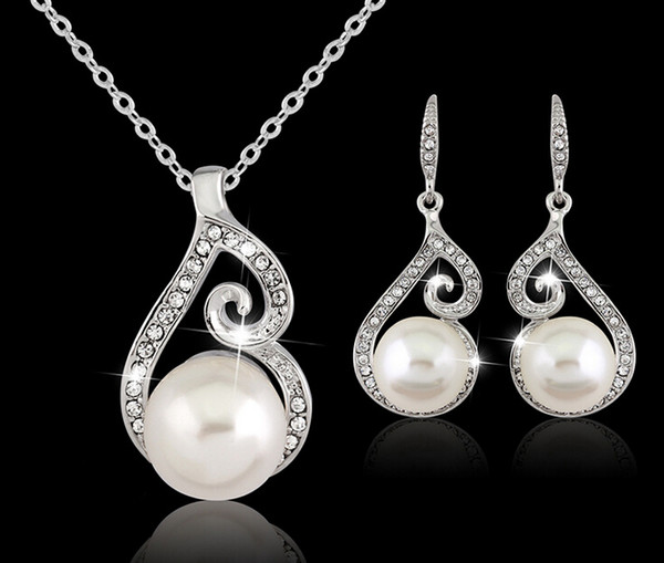 top popular 2016 Newest Women Crystal Pearl Pendant Necklace Earring Jewelry Set 925 Silver Chain Necklace Jewelry 12pcs Sale 2021