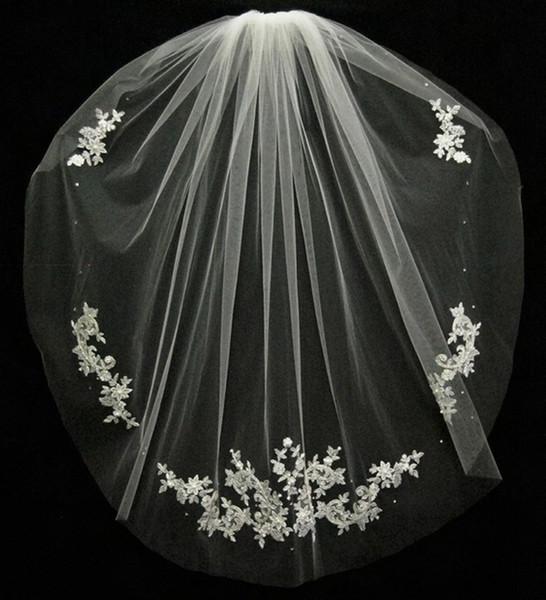 Düğün Aksesuarları Velos De Novia Parmaklarınızın Dantel Boncuk Gelin Aksesuarları 2019 Kısa Gelin Peçe Moda Beyaz / Fildişi Ucuz Düğün Peçe