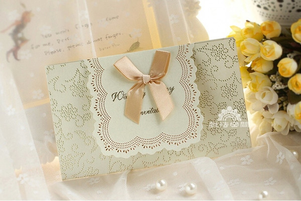 2015 Best Seller Wedding Formal Invitation Card With Bow Red Ivory Creative Bauquet Dinner Invitation Cards New Arrival Wedding Invitations Cheap