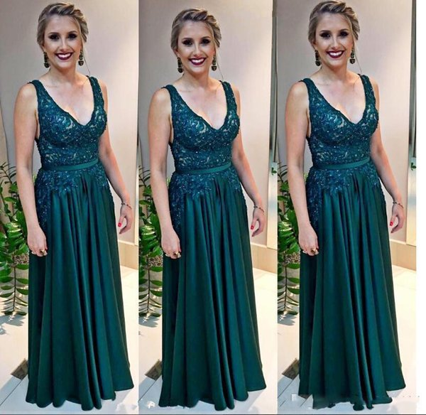 Hunter Green Long Prom Dresses Sexy V Neck Lace Chiffon Arabic Evening Gown Plus Size Mother Of The Bride Dress Formal Wear