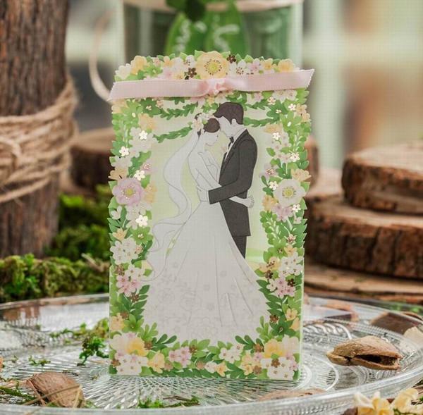 Hochzeitsfest-Bevorzugungs-Kasten-Geschenk-Blumen, die Bevorzugungs-Kästen Europa-Art-Hochzeits-Süßigkeits-Taschen-Papier-Süßigkeits-Kästen mit Band Wedding sind