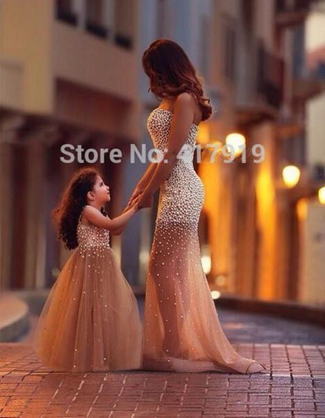 2020 New Ball Gown Flower Girl Dress Perle di perle Tulle A Little Girl Abiti per la cerimonia nuziale Champagne bambini Prom Dress