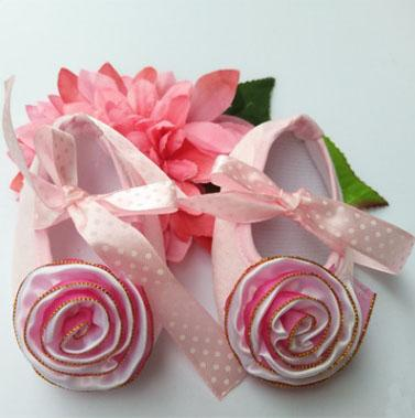 Free Shipping Handmade baby shoes with lovely big flower princess Girl's shoes soft First Walkers non-slipping sole