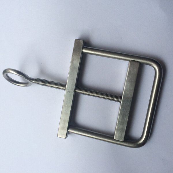 10pcs Stainless steel Ball Stretcher Adjustable nipple clamps Crusher Scrotum Fixture Testicular Torture Bondage Device