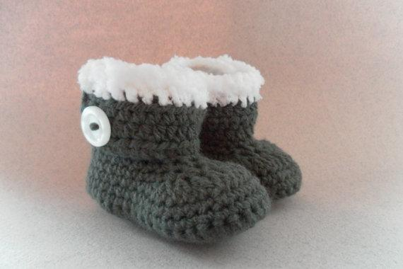 2015 Fashion Handmade Grey with white fur style trim crochet wrap around booties for babies age boys or girls 0 to 12 Months