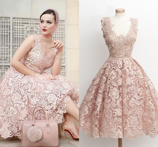 Fashion Pink Lace Short Prom Dresses Scoop Neck Sleeveless Tea Length Princess Homecoming Dresses Backless Party Dresses