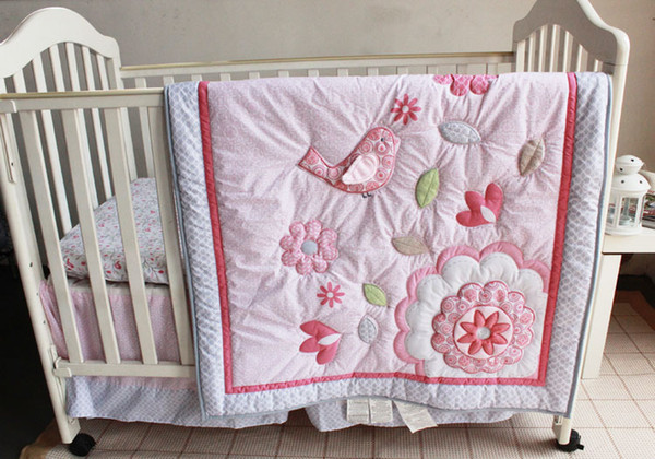 2015 Hot selling Baby bedding sets Applique Embroidery 3D bird baby Crib bedding sets 100% cotton 7pcs Baby quilt bed around