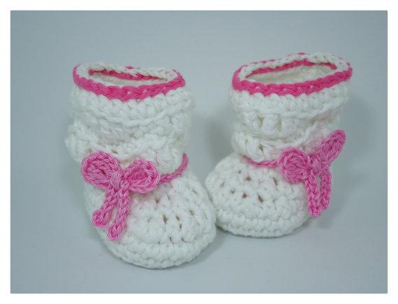 white Crochet baby girl shoes Baby Booties soft bottom baby handmade shoes snow tall waist booties newborn toddler shoes
