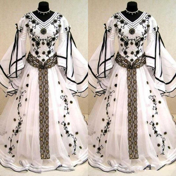 Medieval Vintage Black And White Long Sleeves Wedding Dresses Gothic V Neck Embroidery Applique Long Bridal Gowns Custom Made