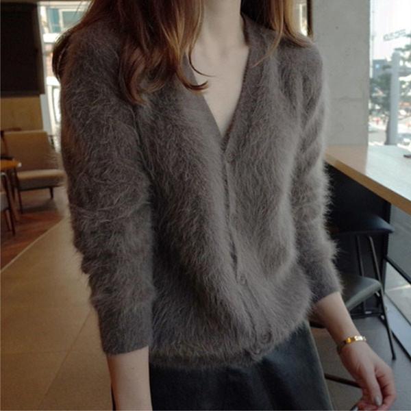 Großhandel Korean Frauen Plüsch Nerz Kaschmir Strickjacke V Kragen Frau Langarm Botton Cardigan Warm Elegant Outwear Sueter Mujer Von Bichery, $67.12