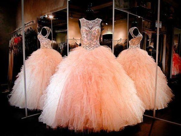 2017 Coral Sparkly vestido de fiesta Vestidos de quinceañera Con cuentas de cristal Cariño Ojo de la cerradura con cordones Volver Tul acanalada Largos Prom Vestidos de desfile