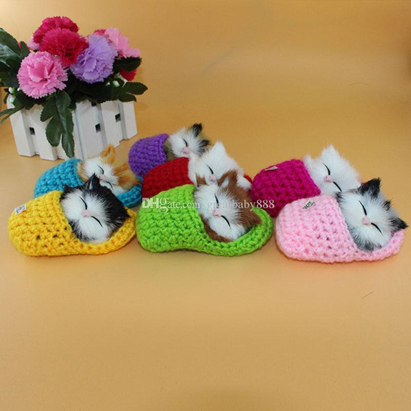 Novo modelo de simulação de som kitty dos desenhos animados brinquedos de pelúcia enfeites de natal de malha chinelos cat modelo de decoração de animais de pelúcia c3206