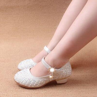 Sapatos de meninas Crianças Sapatos de princesa 3 cm de saltos fivela de cinta Crianças Princesa Crianças Meninas Rebites Sapatas de crianças Sapatos de couro Meninas Sapatos