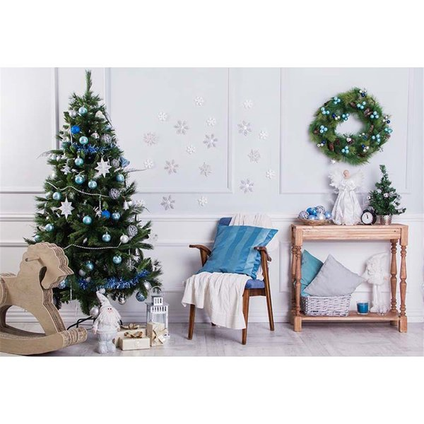 Indoor Room Decorated Christmas Tree Backdrop Photography Wooden Horse Kids Toy Garland on Wall Merry Xmas Holiday Photo Studio Background