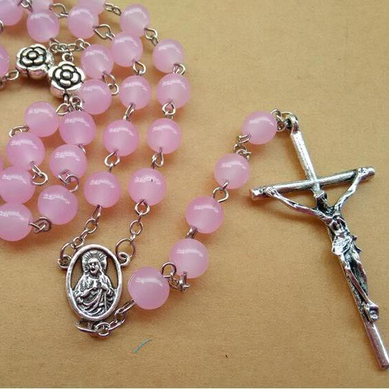 Rosário católico moda jóias de metal rosa flor 8mm contas de vidro rosa cruz pingente de colar de rosário religioso