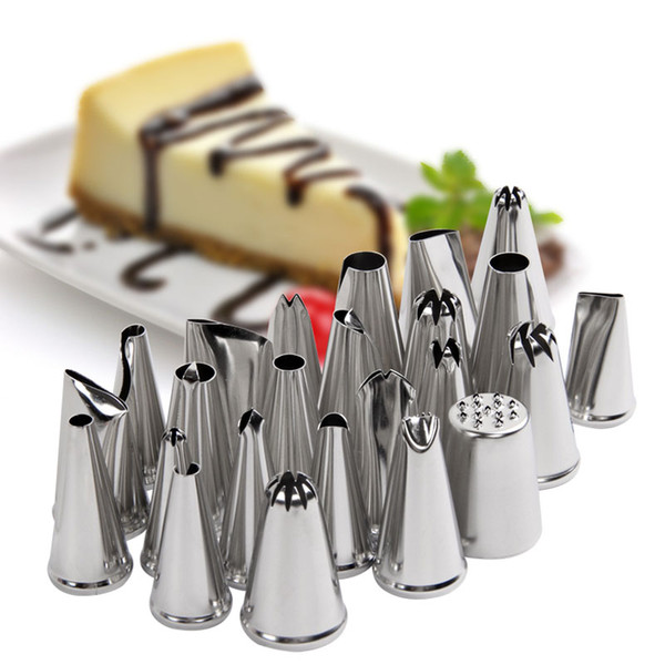 24 pcs/set Cake Piping Nozzles Stainless Steel Pastry Icing Flower Tips Cake Decorating Mouth Cream Icing nozzles LZ0696