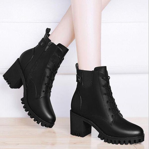 Marka Yeni Bayan Şövalye Çizmeler Kovboy Ayakkabı Ayak Bileği Çizmeler, Siyah Hakiki Deri V Logosu Moda Çizmeler, Toka Tasarımcı Lüks Kış Çizmeler