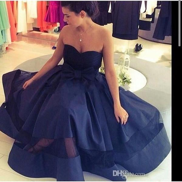 Simple azul marino cariño 2018 vestidos largos de baile de organza de satén plisado Sash Bow árabe formal vestidos de baile Abiti Da Ballo Di Fine Anno