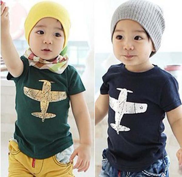 Ragazzi di estate Nuovi vestiti Bambini Moda T-shirt Camicie a maniche corte in cotone Aereo da stampa T-shirt 2 colori B