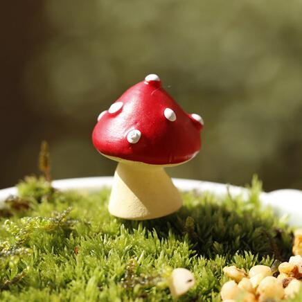 free shipping New designs red dot mushroom fairy garden miniatures gnomes terrarium decor resin crafts bonsai for home decor accessories
