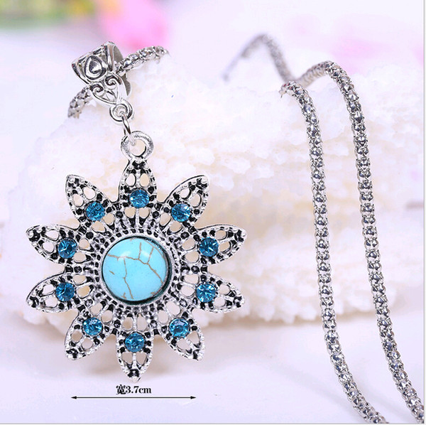 Wholesale Bulk Jewelry Personality Turquoise Chokers Necklace Cheap European and American Hollow-out Flower Many styles pendants 18 types
