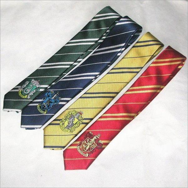 prezzo basso acquista online meglio Acquista Harry Potter Cravatta Grifondoro Harry Potter Distintivo ...