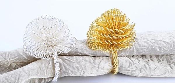 Anelli di tovagliolo di nozze di partito con forma di fiore West Dinner Tabella di alta qualità impostazione metallo ferro tovagliolo rotondo decorazione dell'hotel