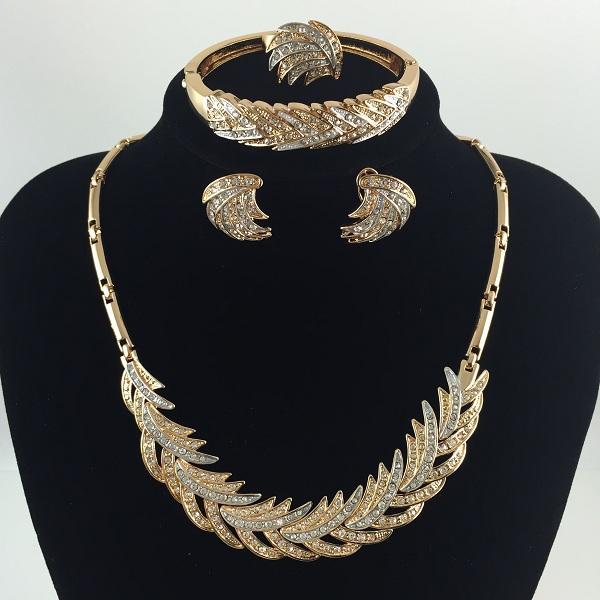 African Jewelry Sets Necklace Earring Bracelet Earring Rings Fashion 18K Gold Plated Luxury Women Wedding Party Rhinestone Bridal Set