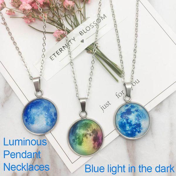 collier lune bleu