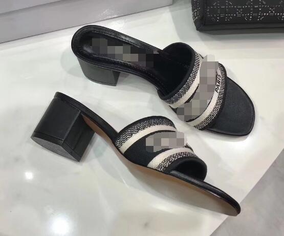 Siyah-Yüksek topuklu