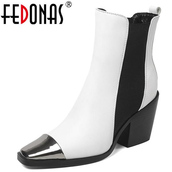 FEDONAS Stivali classici da donna con cinturino elastico Stivaletti da donna in pelle in microfibra Tacchi quadrati Scarpe da festa Donna Taglie forti
