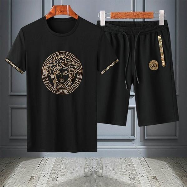 2019 спортивные костюмы мужчины дизайнер роскошные беговые костюмы лето 2шт дышащий короткий набор мужской дизайн мода футболка спортивный костюм трендовый стиль 0604