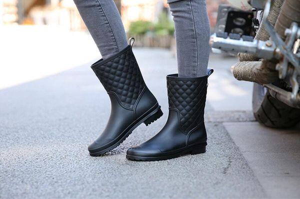 fashion quality new water rain shoes warm women's plaid fashion hunter lady rain boots in the rain boots ladys rainboots