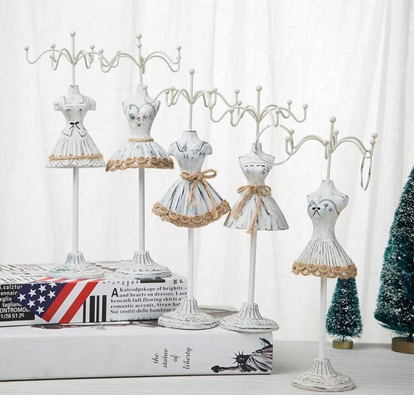 White 25*7.5cm Jewelry Stand Creative princess Sequins Mannequin Earring Necklace Stand Display Holder Ring storage jewelry rack 1pc C550