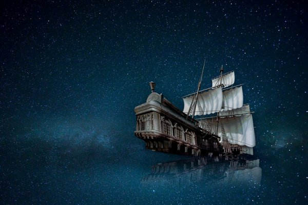 Best gift Fantasy Pirates Ship Boat Sailing Seascape Oil Painting Picture Printed On Canvas Living Room Bedroom Wall Art Home Decor Ship088