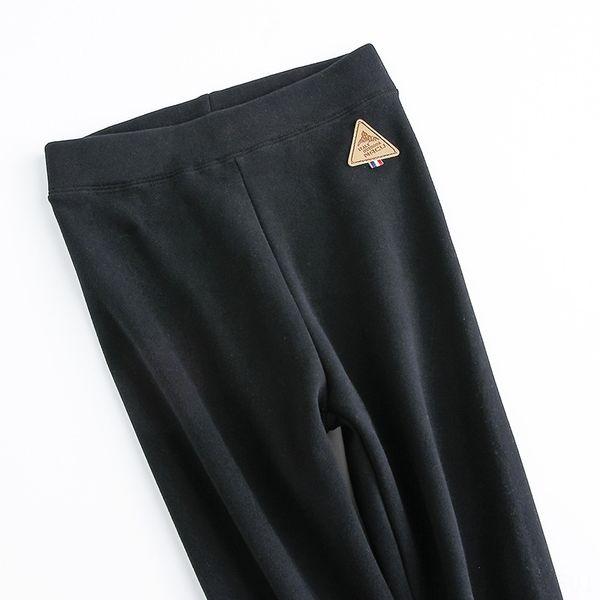 Negro fino con etiqueta