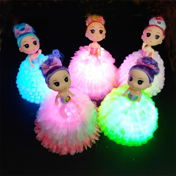 New Pattern Luminous Confused Doll For Girls LED Cute Manual Flash Multicolored Plastic Doll Toy Direct Deal 4 3sc M1
