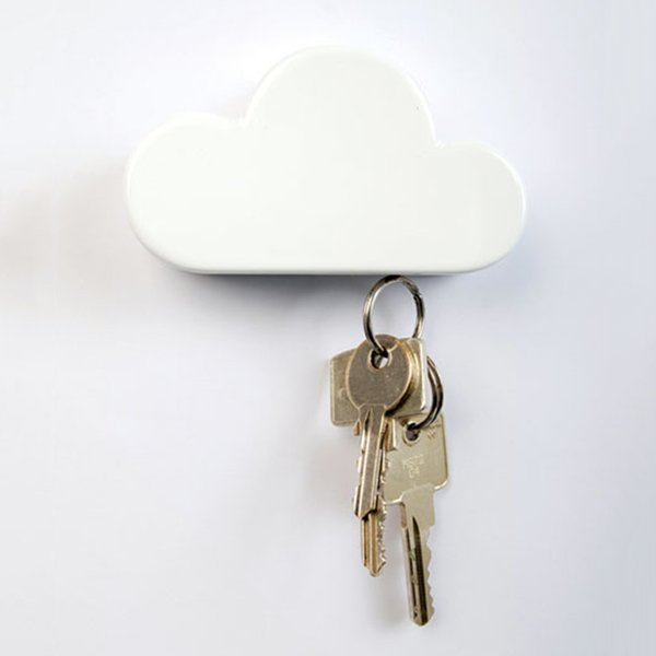 2018 New High Quality Cloud Shape Magnetic Magnets Wall Key Holder Keys