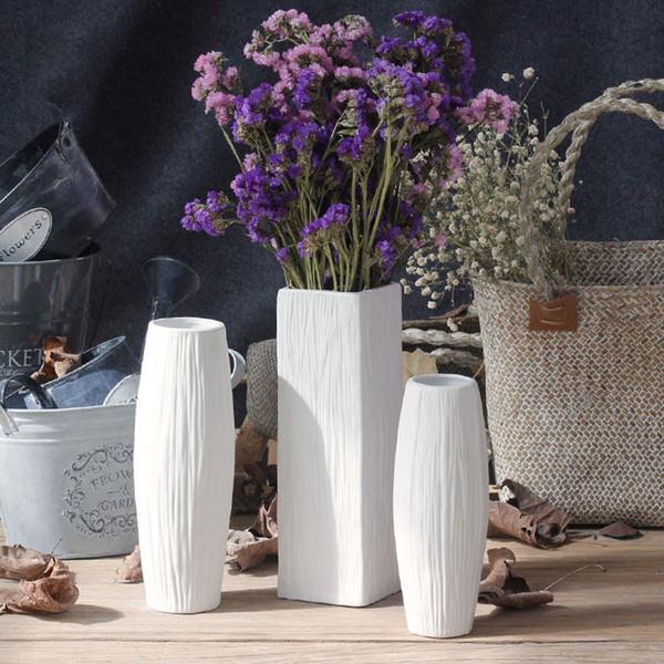 Großhandel Europäische Mode Weiß Keramik Blumenvase Porzellan Vasen  Decoratives Vaso Für Home Decoration Moderne Tischvase Von Livegold, $35.36  Auf ...