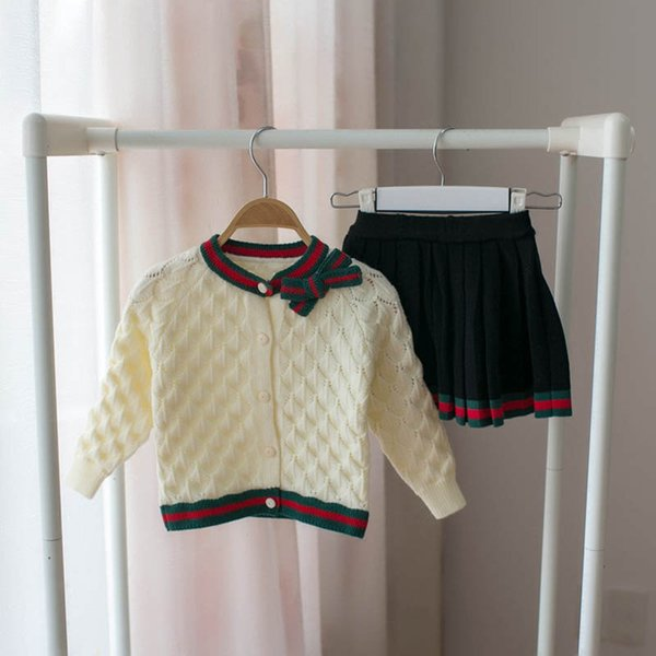 2019 new Autumn Winter sweater Girls Outfits bowknot Cardigan+pleated skirt 2pcs Kids Sets Fashion Dress Suits kids designer clothes A3870