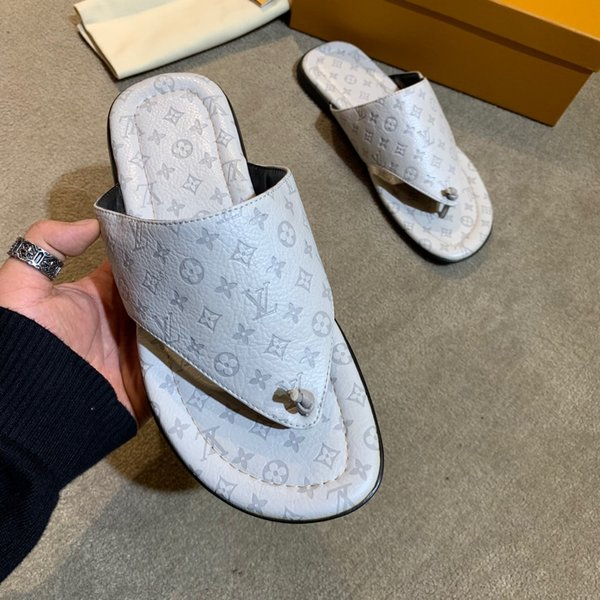 Genuine Leather Slippers for Men Flip Flops High Quality Soft Comfortable Beach Summer Shoes Brand Men's Slippers